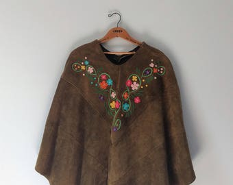 Vintage 1970s 70s embroidered suede poncho cape, olive green poncho jacket, one size