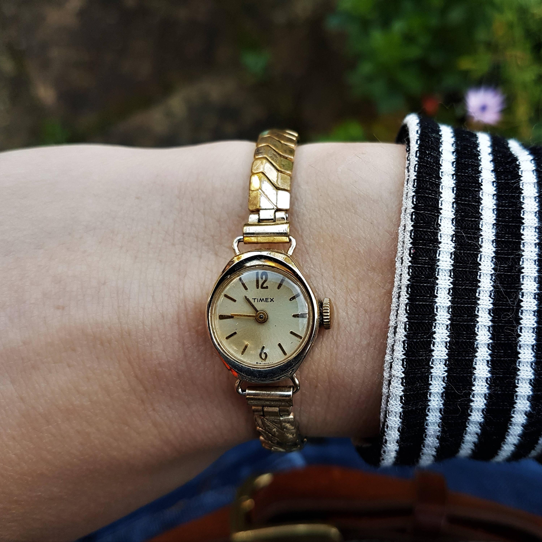 Timex. Vintage Timex Timex Watch Petite Mechanical. Montre