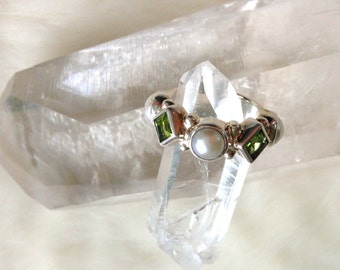 Peridots and Pearls Ring Sterling Silver