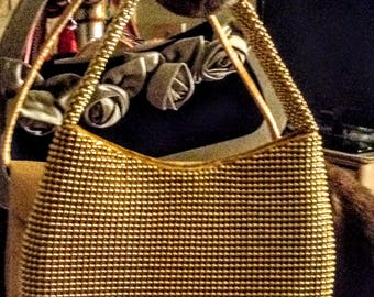 Gold Individually Metal Beaded Evening Bag. Clutch Style. Mint Vintage Condition