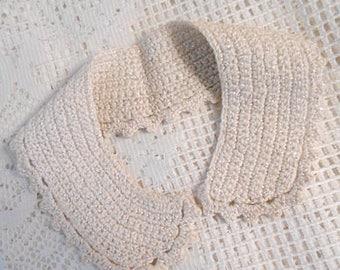 "Sparkly Ecru SOLID LACE COLLAR Crochet Chain Stitch Cotton Scallop Edge, Dress Blouse Sweater Embellish Vintage 1940 Unworn Accent 3"" x 17"""