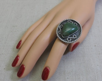 Sterling and Green Agate Big Southwestern Ring, Size 9, AS IS
