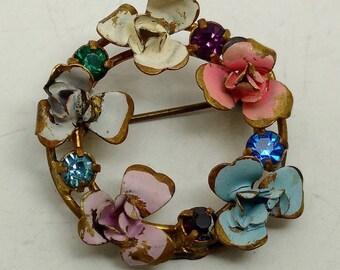 Vintage Flower Wreath Brooch
