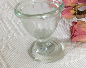 Vintage Eye Wash Cup for Medicinal Purposes. Always Good to Have One of These Handy in Medicine Cabinet or Decorative Shelf. EYE WASH GLASS.