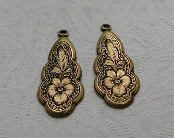 LuxeOrnaments Oxidized Brass Filigree Floral Pendant (Qty 2) 27x10mm S-8225-B