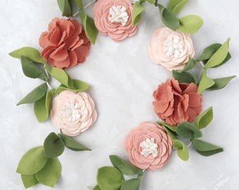 Felt flower Garland || Pick your own colors!
