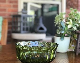 Vintage, Anchor Hocking Avocado Green Fairfield Pattern Serving Bowl