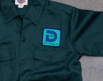 Vintage Dallas Shirt Green Dickies City of Dallas Men's Shirt Size Medium Short Sleeve Uniform Top Hipster Work Wear Street Style Mens 7W
