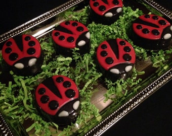 12 Lady Bug chocolate OREO cookies