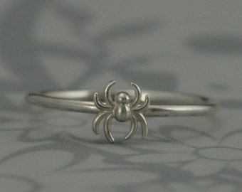 Solid Sterling Silver Spider Stacking Ring--Silver Dimensional Spider-Black Widow Ring--Custom Made in Your Size