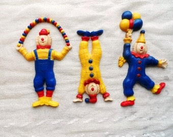3 CLOWNS- Clown Wall Hangings- Vintage HOMCO- Circus Clowns- Bright-Cheery Red, Blue, Yellow- Balloons- Retro Home Decor- Set of 3 Clowns