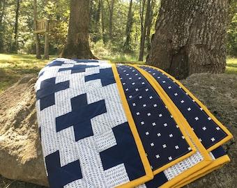Plus Quilt / Navy and White Quilt / Baby Quilt, Modern Minimalist Quilt, Crib Quilt, Throw Quilt, Twin Quilt, Queen Quilt, Baby Blanket