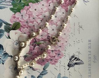 Faux Pearl Tear Drop Necklace