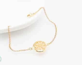 Snowflake bracelet, circle bracelet, gold bracelet, snowflake, gold chain bracelet, cute bracelet, friendship bracelet, gold chain