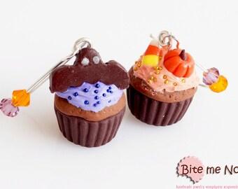 Halloween Jewelry, Halloween Cupcakes Earrings, Mini Food Jewelry, Bat Earrings, Halloween Gift, Halloween Jewelry, Spooky Earrings, Pumpkin