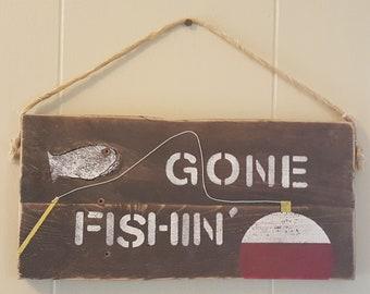 Gone Fishin Wood Sign