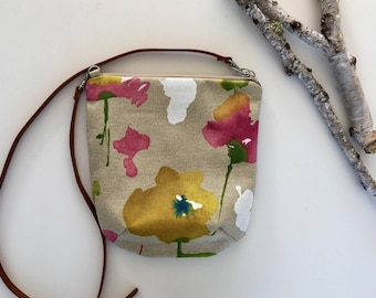 Foral Crossbody Purse // Crossbody Bag // Floral Purse // Handmade Purse // Purse // Shoulder Bag