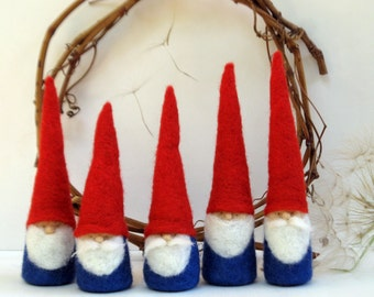 5 Felted Christmas Gnome figurine - Waldorf Inspired