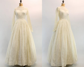 50s Wedding Dress Small / 1950s Wedding Gown Floral Organza Full Skirt /  Westcott Wedding Gown