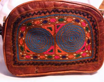 Cross-Body leather purse\bag\colourful embrodi designs\ fun\unique\medium size\\shoulder bag