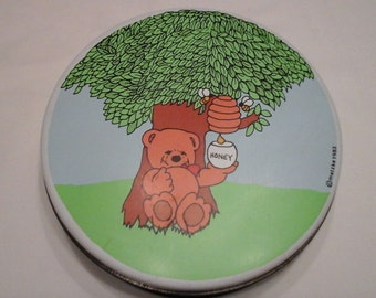 Metzke honey bear tin