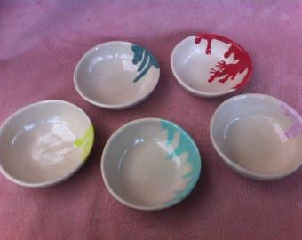 White stoneware with glaze drips ramekins