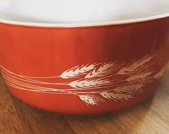 Pyrex autumn harvest casserole dish