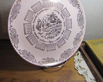 Calendar Plate - 1960 - Pale Pink - Gold Accent and Graphics