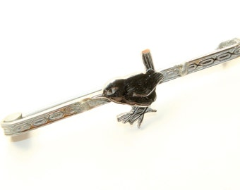 Silver Coloured Small Bird Vintage Bar Brooch (c1940s)