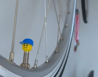Bike Valvecaps made from LEGO ® character parts; Suitable on Presta/Sclaverandvalve & Dunlop 1x set Blue