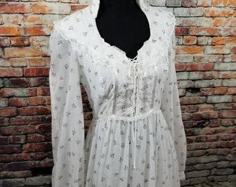 Gunne Sax Vintage Boho Prairie Dress / Small Floral Print Corset Front / Long Sleeve Prairie Skirt/ Vintage Gunne Sax Dress
