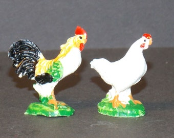 Dollhouse Miniature Chickens   Rooster & Hen   1:12 scale one inch scale