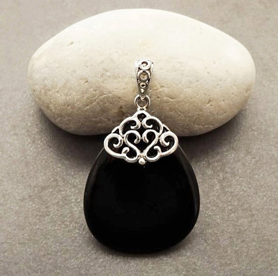 Onyx Silver Pendant - Sterling Silver - Filigree Pendant - Teardrop-shaped - Black Onyx - Boho Pendant - shabby chic pendant - Vintage Style