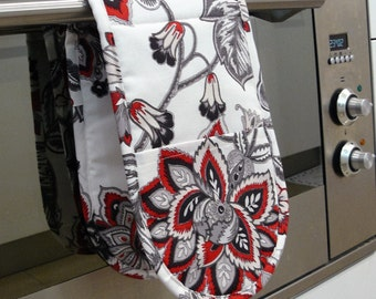 Double Oven Mitt - red white and grey flowers