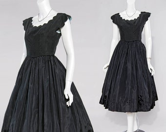 50s black grosgrain scallop edge cupcake gown | xxs