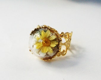 Yellow Flower Ring, Floral Ring, Terrarium ring, Real Flower Ring, Flower Ring, Dried Flowers Ring, Floral Jewelry, Gold Ring, Adjustable