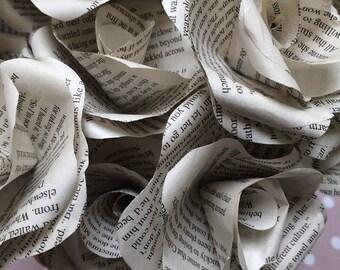 50 Mills & Boon romantic paper roses