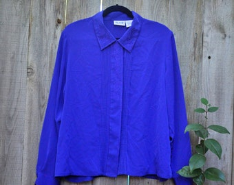 80s Vintage Plus Size Blue Blouse With Pointed Collar and Stitching Accents