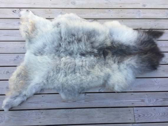 Real natural Sheepskin rug supersoft rugged throw from Norwegian norse breed medium locke length sheep skin grey gray black 18088