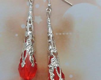 Long dangling earrings drops Red