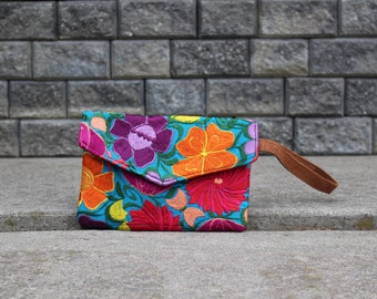 Mexican Embroidered Clutch - Mexican Embroidered Bag - Mexican Handbag - Mexican Purse - Floral Purse - Colorful Clutch - Chiapas Purse