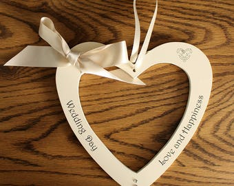 Wedding gift heart for the happy couple.