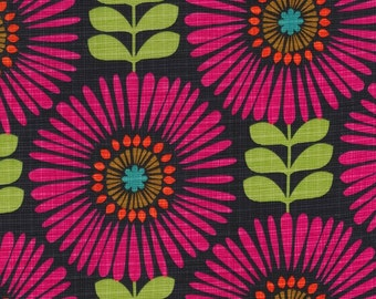 Hashmark by Michael Miller > Fringe Flowers Magenta < Half Yard off the Bolt