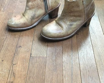 vintage vintage bed stu cobbler series handcrafted distressed leather tan side zip ankle boot bootie bench made in mexico womens size 7