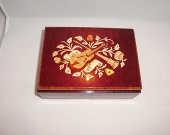 SALE Vintage Inlaid Wood Works Sorrento Music Box