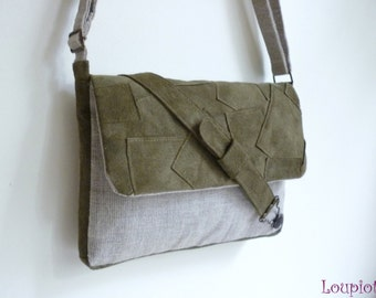 Small leather shoulder bag green and natural linen