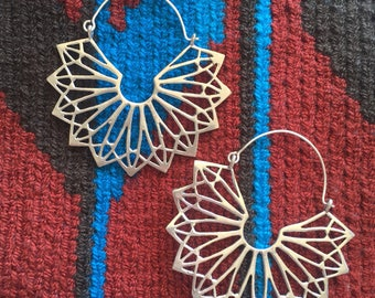 Starburst Lightweight Boho Earrings in Brass or Silver
