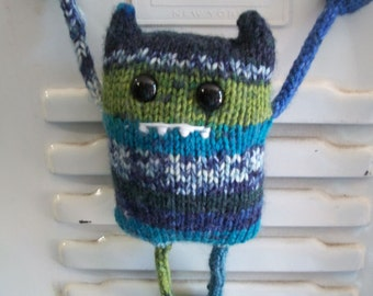 Carl the Locker Monster PDF Knitting Pattern