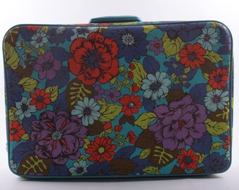 Unique Floral Suitcase, Vintage, Blue and Red, 1960s/1970s, Luggage, Retro, Super Cute ~ The Pink Room ~ 161208