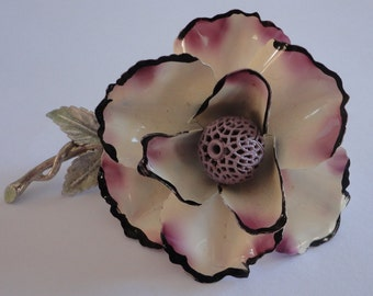60s Lilac/Cream Ruffled Flower Enamel Brooch Vintage